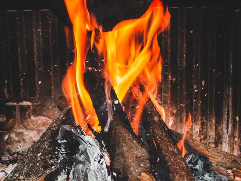 fireplace_t20_0AaBQV